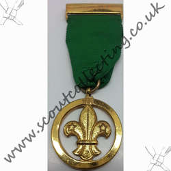 Medal of Merit Brass Appearance 1935-1967 Version 4a