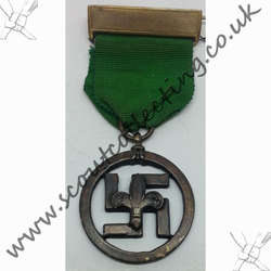 Medal of Merit Swastika 1927-1935 Version 3c